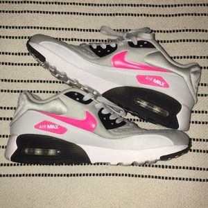 Retro Nike Air Max Youth Sz 6.5/ Women's Sz 8